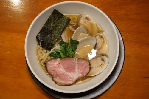 20069 自然派ラーメン 神楽「蛤のラーメン」@金沢 3月7日 春を感じる菜の花と蛤、〆には紅茶のプリンで女子力UP