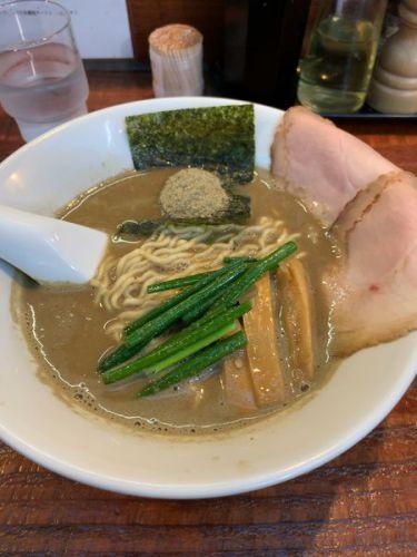 [84点] 煮干豚らーめん(780円)@らーめん くぼ鷹