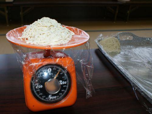 【コンビニレンチン麺】胃全摘7か月 調理前後の麺の量の考察と体調を崩さずに食べられる量の分岐点を探ってみる。【ラーメンリハビリ3回目】 - 食べるをいかすライオン